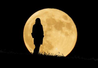 """月のリズムに乗ってツキを呼ぶために。満月のための""""感謝手帳""""をつけましょう月よみ手帳習慣【満月の月ver.】"""