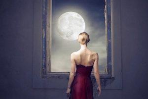 満月に向かう時期は月も身体も膨らんでいく!?スッキリ綺麗をキープする「食べ方」