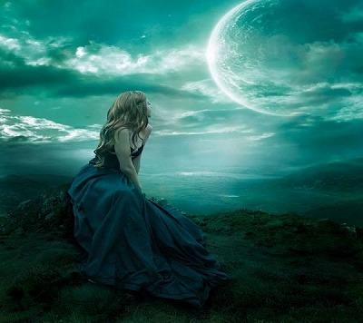 新月には締まり満月には開く骨盤。女性のカラダの声を素直に聞くには 月のリズムを取り入れるのが一番だ