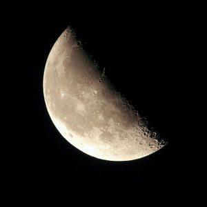 下弦の月の時期は整理整頓で頭の中と、ココロもカラダもデトックス