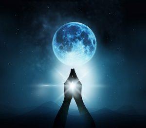 2017年11月4日、この瞬間に「月」を意識して繋がるコト。