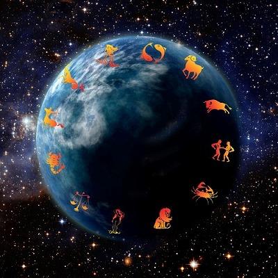 """秋""""実り""""を予感させる月の動き。 月エネルギーの流れををキャッチできる身体を創るエクササイズとは?"""