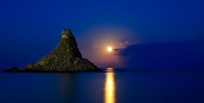 満月には感謝を。明日の満月を迎える前にチェックしたいおすすめ記事