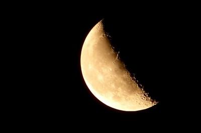 人生は「私が主役!」 あなたが輝くステージは「1」と「下弦の月」と「獅子座」パワーでライトアップされる!