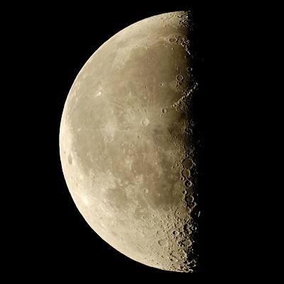 月は新月に向かうタームへ。思いっきり楽しんだあとは、「安心して手放す」がポイントに。この時期オススメの簡単ケアもご紹介!