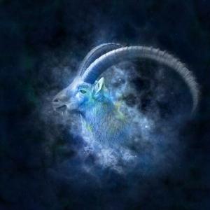 山羊座の月(1/17~2/15)のテーマは「土台作り」新時代のスタート月にあなたが描く人生とは?