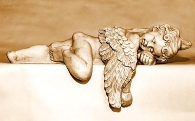 肩や背中疲れてませんか?肩甲骨まわりのつまりを流して、天使の羽を蘇らせる、ふたご座の月のセルフケア