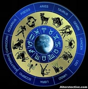 明日はうお座下弦の月。ハーフムーンが教えてくれる月の魅力『見えない心の手放しの時』