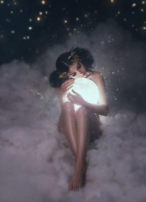 酷暑に耐え続けてきたあなたの身体。月のエネルギーを効果的に取り入れて自分へのご褒美の時間を!