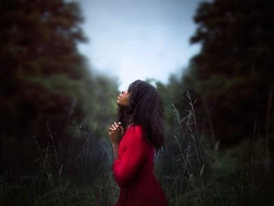 明日はおとめ座新月。すべての女性の願いごとリストに加えたい願いと、それを叶える2つのアロマ