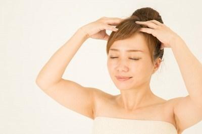 不要なものは頭皮から排出!月星座の4タイプ別、美容師オススメのお家でできる頭皮ケアとは?