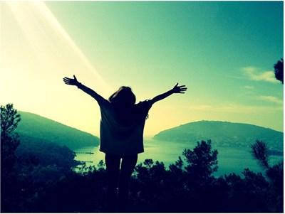 溢れるエネルギーの満月を終え、欠けていく月とともに今はゆっくりと自分自身を大事にする時期