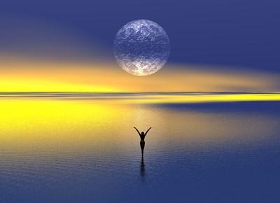 たった10分の断捨離でお金が流れ込む?! 月のエネルギーを住まいに呼び込むコツ
