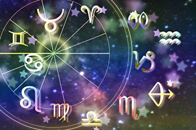 来年の開運に向けてもう動き出している月と太陽。開運の秘訣はここにある。