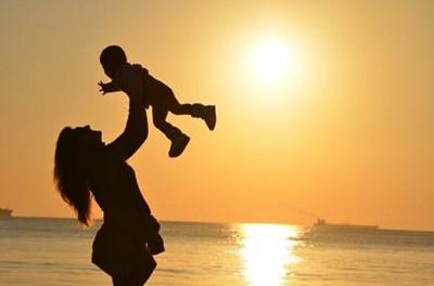 <近い存在だからこそ、うまくいかない。そんな時、月星座で知る親子関係をうまくいかせる方法vol.20>月星座やぎ座の親と月星座てんびん座の子~月星座うお座の子までの場合