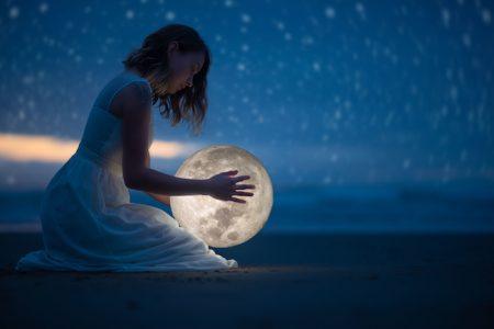 上弦の月 ~満月のダイエット!食べて寝て痩せる!